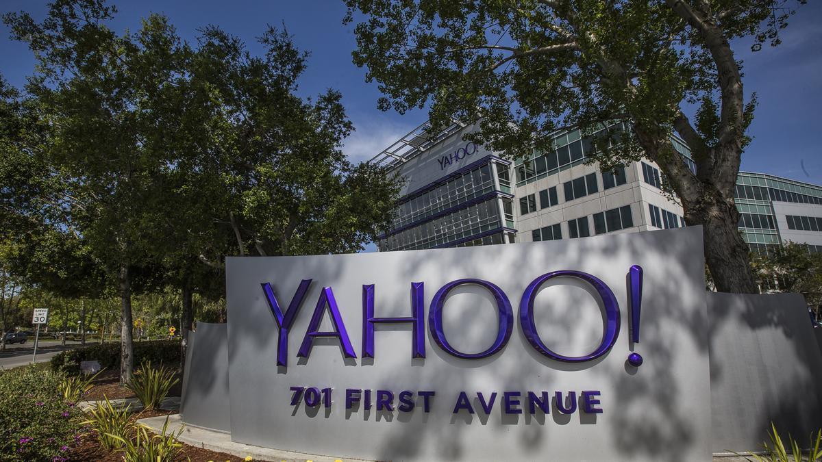 Cái chết của Yahoo! và bài học gã khổng lồ ngủ quên trên chiến thắng-1