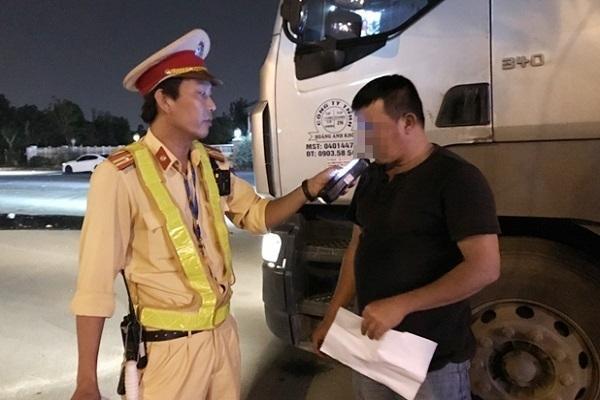 Hàng vạn ma men vẫn lái xe, xử phạt hành chính là chưa đủ-2