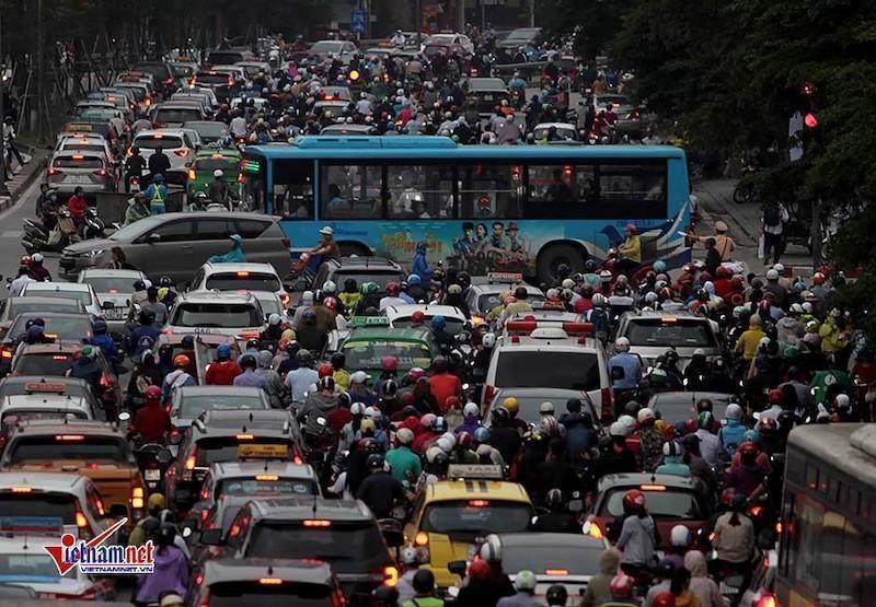 Việt Nam cần mơ giấc mơ 'kỳ tích sông Hồng'-2