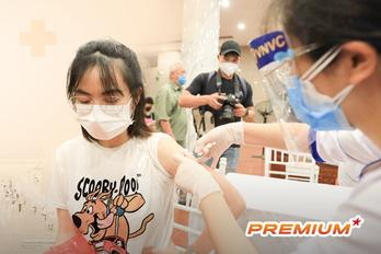 'Chủ trương 1, tổ chức 10' qua bài học tiêm vắc xin ở Hà Nội